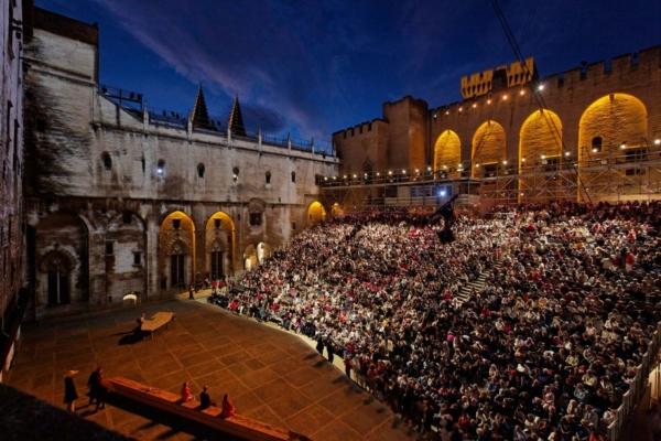 Le Festival d'Avignon et le Off pratiquement aux mêmes dates en 2020