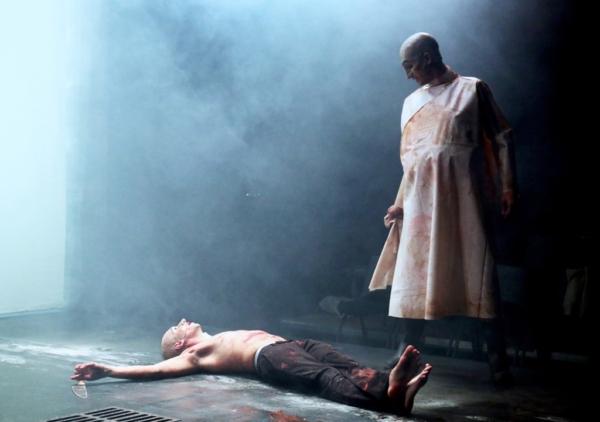 / critique / Le Munstrum Théâtre réinvente le Grand Guignol