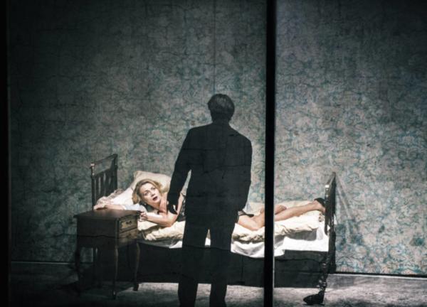 / critique / Kafka par Lupa, un vaste procès