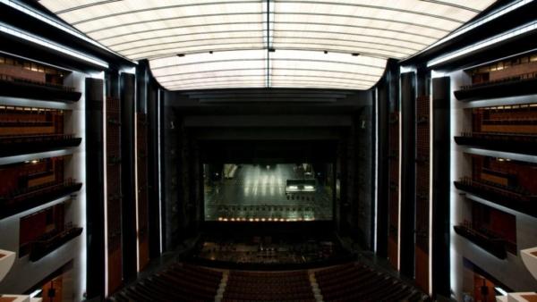 / actu / Covid-19 : L'Opéra de Paris envisage de fermer 3 mois à la rentrée
