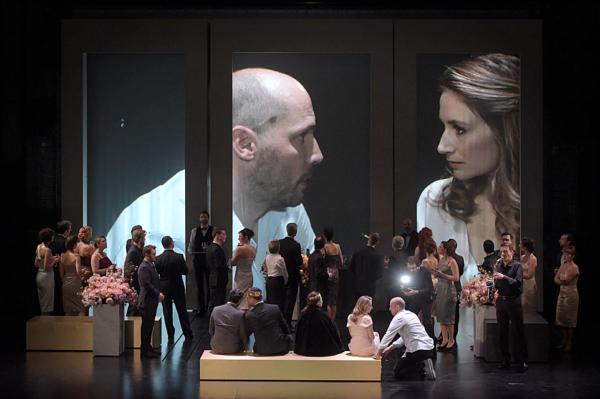 / critique / A l'Opéra Comique, un Hamlet sage mais habité