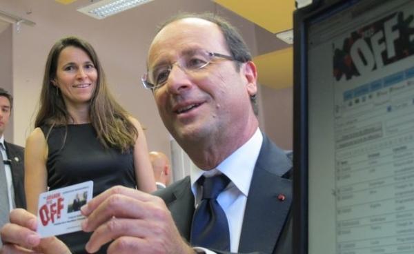 François Hollande au Festival d'Avignon dans Nous, l'Europe de Laurent Gaudé, le spectacle de Roland Auzet