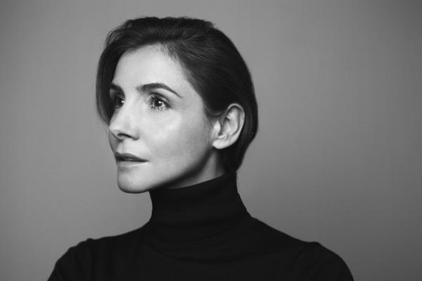 / itw / Soir de Première avec Clotilde Courau