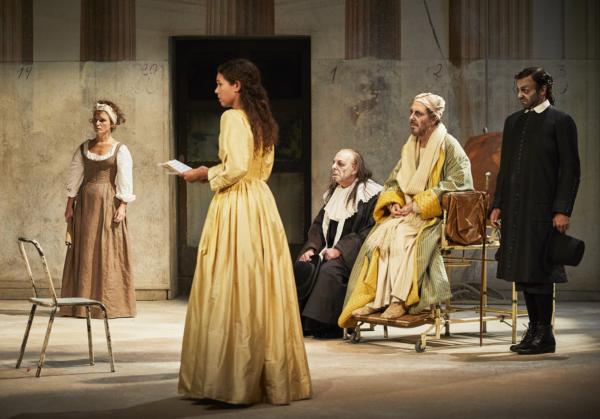 La Comédie-Française fête la 500e représentation du Malade imaginaire dans la mise en scène de Claude Stratz