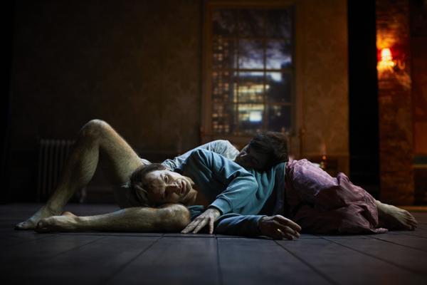 / critique / Les Anges de Kushner entrent au Français