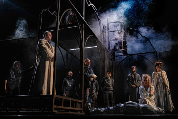 "/ critique / Dunsinane, le ""sequel"" de Macbeth"
