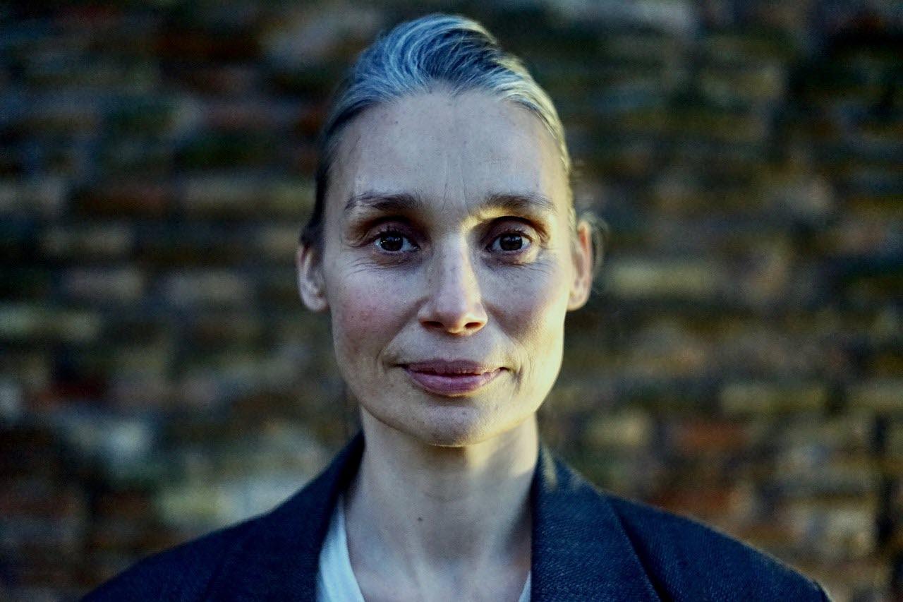 / itw / Julie Guibert, esprit libre