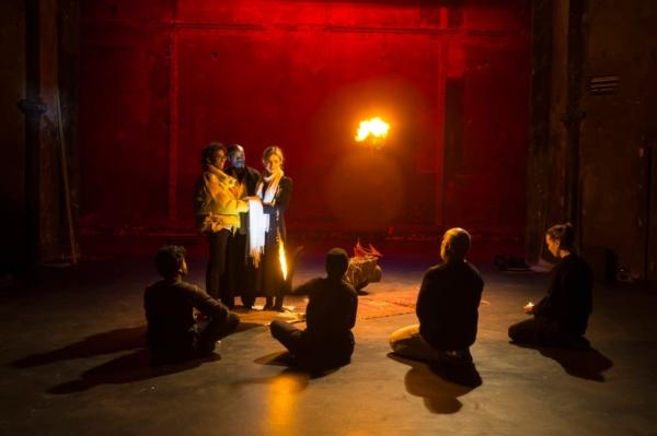 / critique / Peter Brook dans le gratte-ciel de Shakespeare