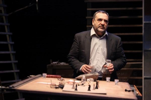 / actu / Jean Varela donne le programme du Printemps des Comédiens au téléphone