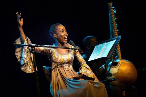 / actu / Les appels se multiplient pour demander la libération de la chanteuse Rokia Traoré