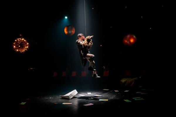 / actu / A Angers, Thomas Jolly éclaire le côté obscur du théâtre