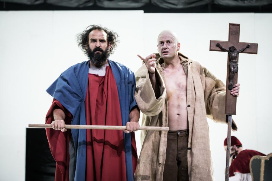 / critique / A l'Odéon, Creuzevault débusque les nouveaux Inquisiteurs