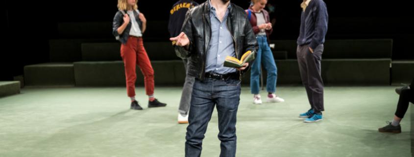 Thomas Quillardet monte Ton pere de Christophe Honore à La Comedie de Reims