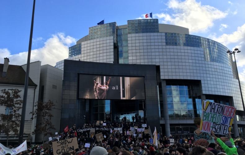 Manifestation 15 décembre place de la Bastille