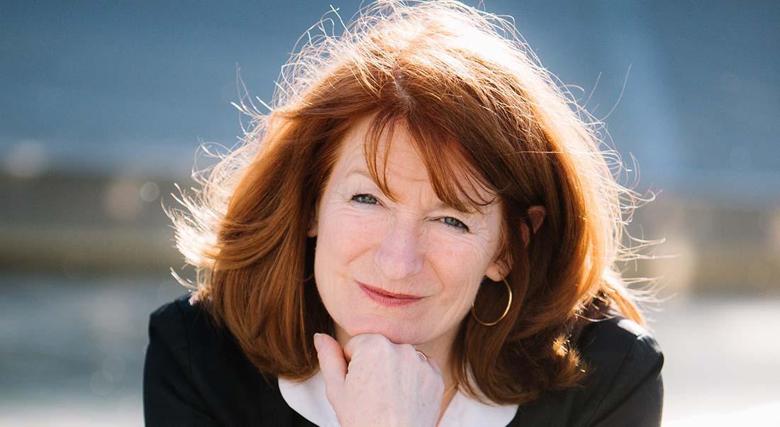 Muriel Mayette-Holtz demande à Roselyne Bachelot d'ouvrir les théâtres aux écoles
