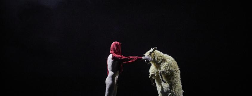 FC Bergman crée The Sheep Song au Festival d'Avignon 2021
